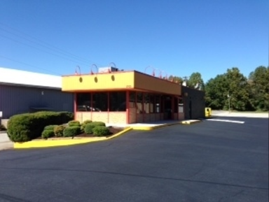 LEASED – 1,800 SF Restaurant